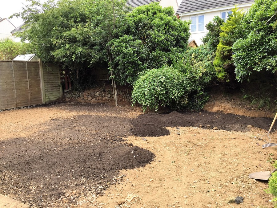 Supply and lay turf in cornwall devon cgs contractors for Soft landscape materials